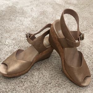Dansko Charlotte Slingback peep toe sandals sz 38